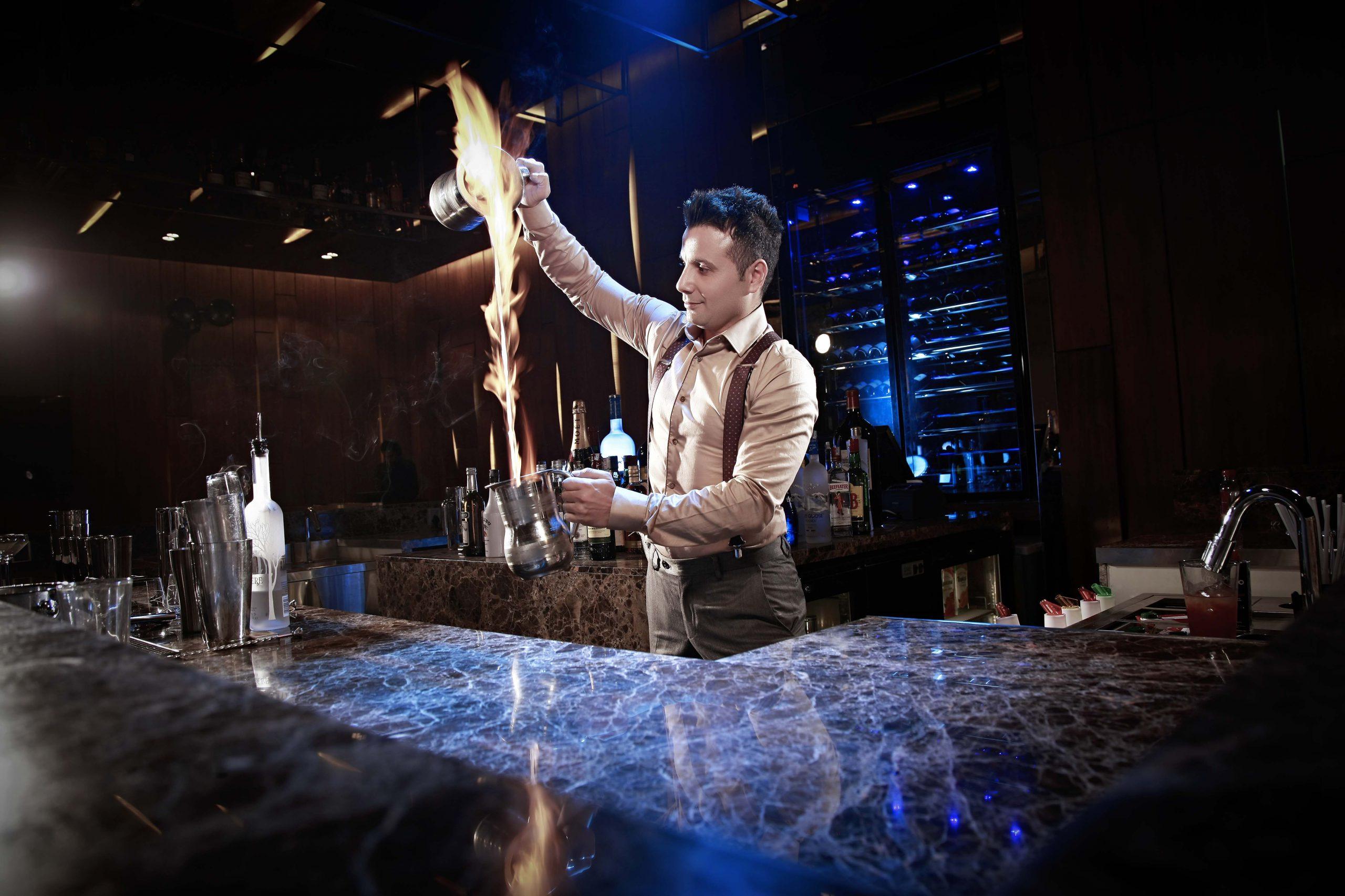 Bartender - Ates Kokteyli